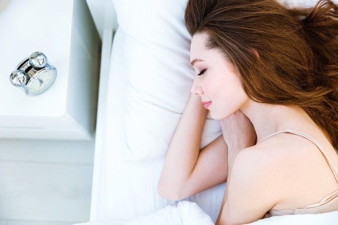 women-sleep-665x443