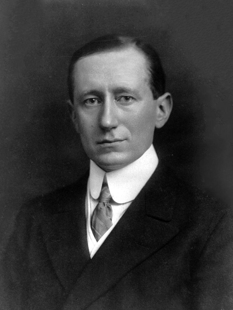 800px-Guglielmo_Marconi